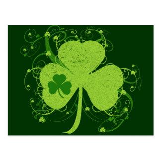 Trébol irlandés verde tarjeta postal