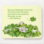 Trébol que bendice el día Mousepads del St. Patric Alfombrilla De Ratón