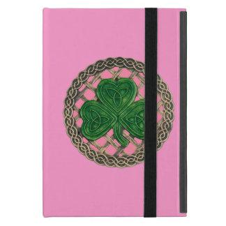 Trébol rosado de encargo en el mini caso del iPad iPad Mini Fundas