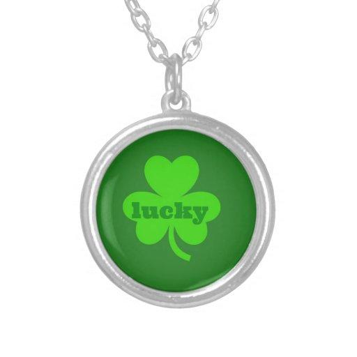 Trébol verde afortunado pendiente personalizado