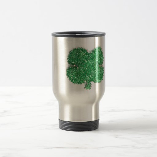 Trébol verde de la gota taza