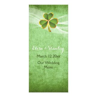 Trébol y velo irlandeses que casan la tarjeta tarjeta publicitaria a todo color