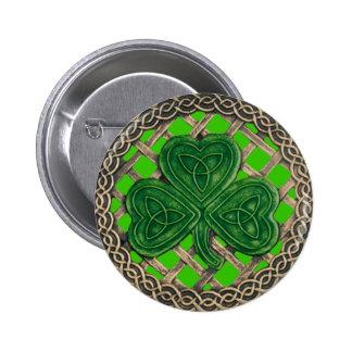 Trébol y verde céltico del botón de los nudos pin redondo de 2 pulgadas