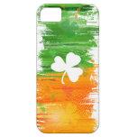 Tréboles afortunados y tinta del arroz ligero iPhone 5 Case-Mate carcasas