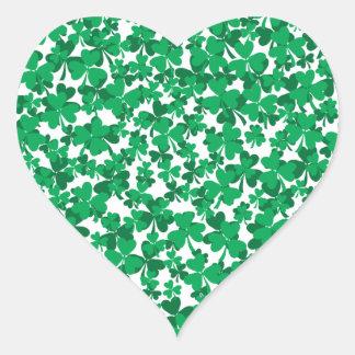tréboles, Irlanda, irlandés, orgulloso ser Pegatina En Forma De Corazón