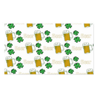 Tréboles irlandeses de la cerveza tarjetas de visita