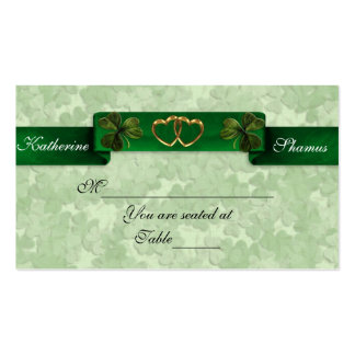 Tréboles irlandeses de la tarjeta del asiento del