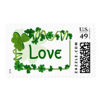 Tréboles irlandeses del amor de los tréboles del sello postal