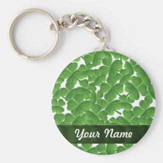 Tréboles irlandeses verdes personalizados llavero redondo tipo pin