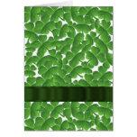 Tréboles irlandeses verdes personalizados felicitaciones