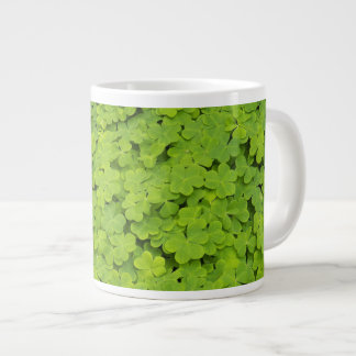 Tréboles verdes florales taza grande