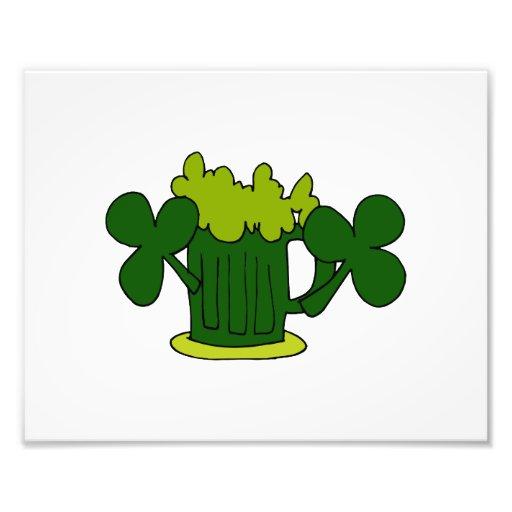 tréboles verdes image.png de la taza de cerveza arte fotográfico