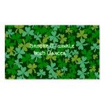 Tréboles verdes irlandeses afortunados de encargo plantilla de tarjeta de negocio