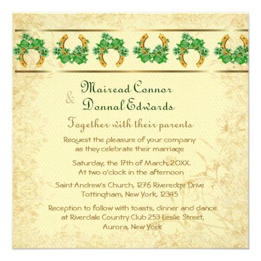 Tréboles y boda irlandés del oro invitación