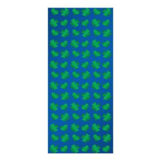 Tréboles y corazones del verde azul diseño de tarjeta publicitaria