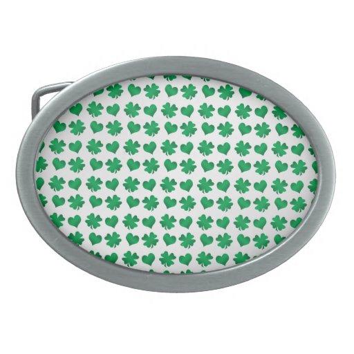Tréboles y corazones verdes blancos hebilla de cinturon oval