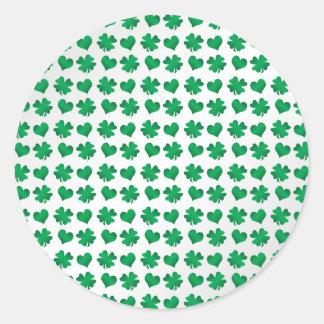 Tréboles y corazones verdes blancos etiqueta