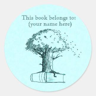 Tree and a book, light blue round sticker