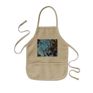 Tree and blue sky kids' apron