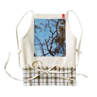 Tree and blue sky zazzle HEART apron