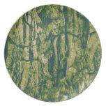 Tree bark camouflage pattern dinner plate