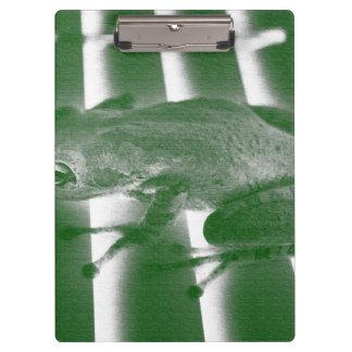tree frog looking left green sketch animal design clipboard