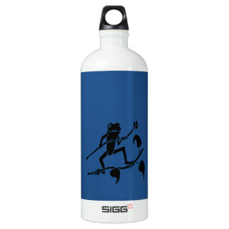 Tree Frog With A Blue Background Aluminum Water Bottle