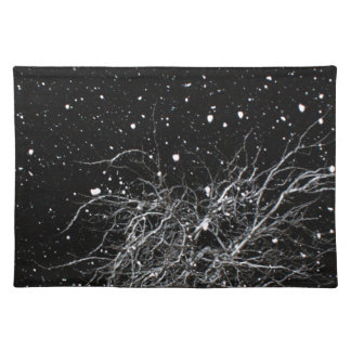 Tree in night snow place mat