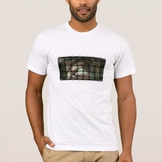 tree photo Manipulated T-Shirt