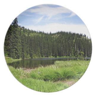 Tree River Pine Plates