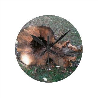 Tree stump 1 round clocks