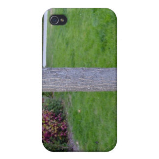 Tree Trunk Vertical Texture Cover For iPhone 4