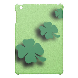 Trefoil symbol irish on the green background iPad mini case