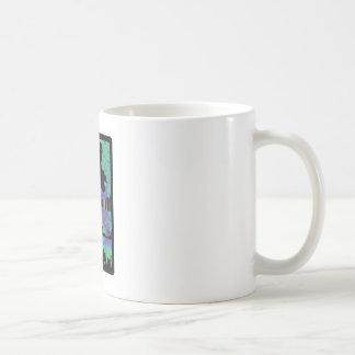TREKKER DEL MÓVIL DE LA NIEVE TAZA DE CAFÉ