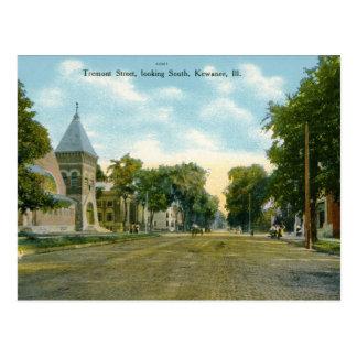 Tremont St., Kewanee IL Vintage Postcard