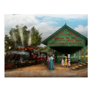 Tren - Catskill, NY - para salida que espera 1902 Tarjetas Postales