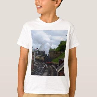 Tren clásico del vapor polera