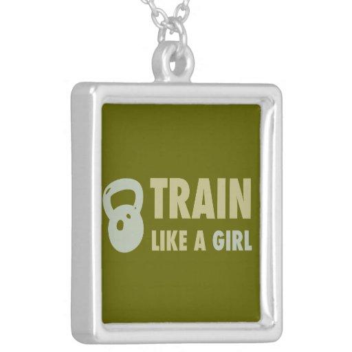 Tren como un chica con Kettlebell Collar