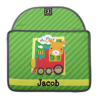 Tren con la jirafa en rayas verdes fundas macbook pro