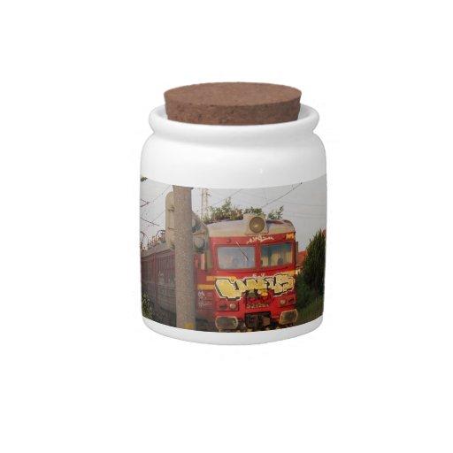 Tren cubierto pintada plato para caramelo