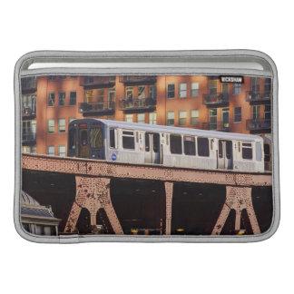 Tren de Chicago en Riverbend Fundas Macbook Air