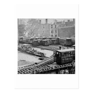 Tren de New York City en el ferrocarril elevado Postales
