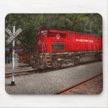 Tren - diesel - Morristown Erie Tapetes De Ratones