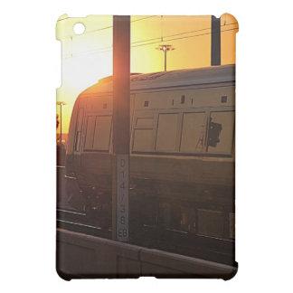 Tren en la puesta del sol