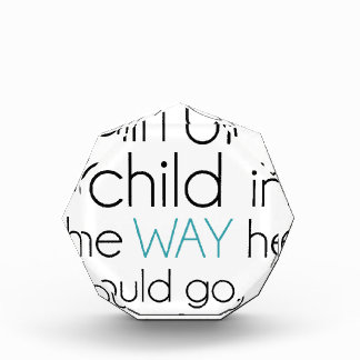 Tren encima de un niño…