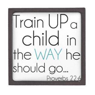Tren encima de un niño… cajas de regalo de calidad