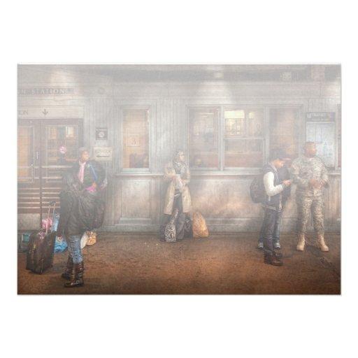 Tren - estación - esperar el tren siguiente invitaciones personales