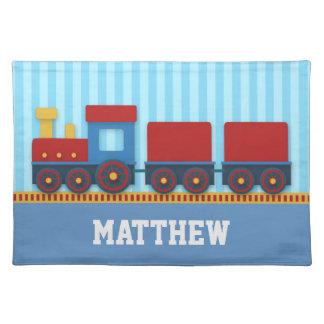 Tren lindo y colorido con el cargo para los mantel individual