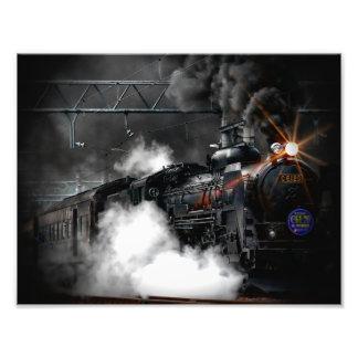 Tren locomotor del negro del motor de vapor del fotografías