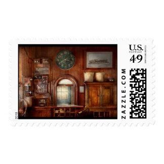 Tren - oficina - la ventana de los tomadores de sellos